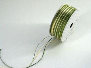 Rラフィアトリプル 約3m/mx30m(x3色)グリーン    1巻